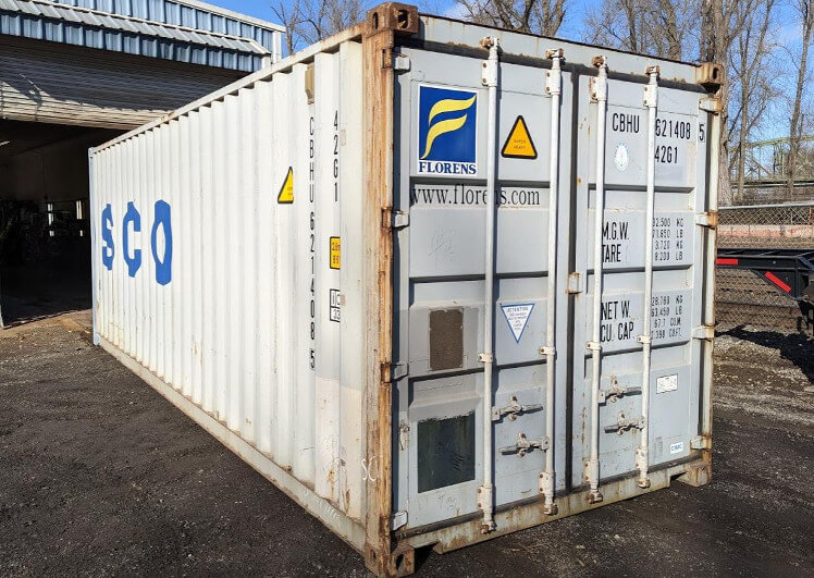 24ft storage shipping container with roll up door